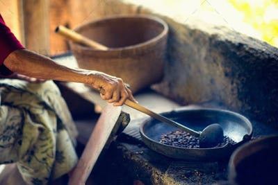 tradicional rosating cofee beans