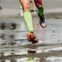 feet men runner's compression socks