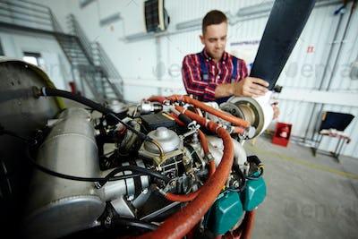 Air jet motor
