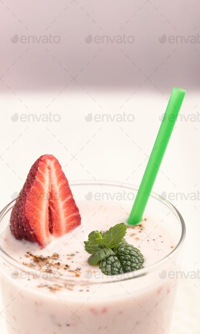 Strawberry lassi with mint