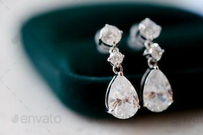 Beautiful wedding jewel for bride and groom