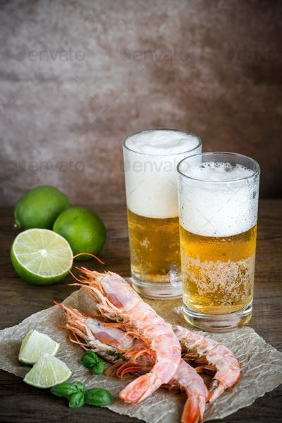 Shrimps with glasses of beer