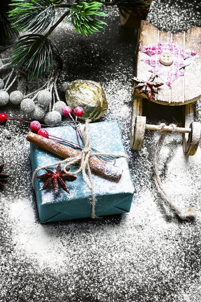 Christmas sleigh and box with gifts