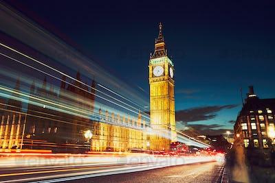 Westminster bridge at the dusk