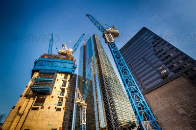 Building skyscapers in London