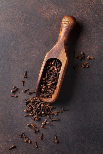Mulled wine ingredients spices. Cardamom