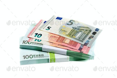 stack of bills with 100, 10 and 5 euros