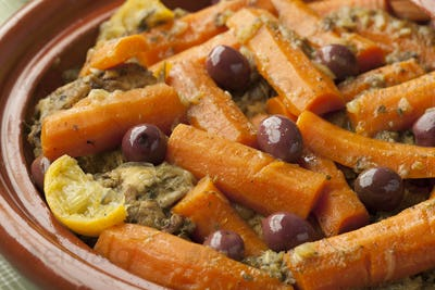 Moroccan dish with chicken and carrots