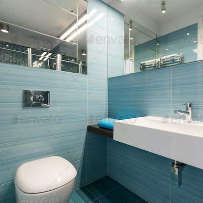 Spacious bathroom with big basin
