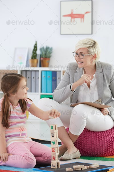 Educational psychologist and young girl