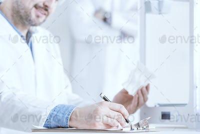 Man holding 3d model