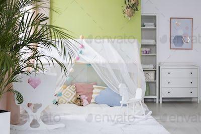 Cozy play tent