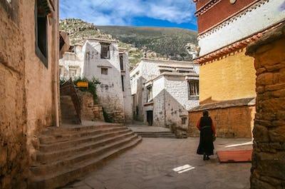 The courtyard of the Jokhang monastery