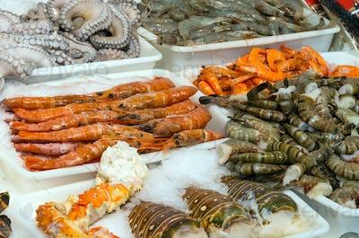 Seafood and shellfish at a market