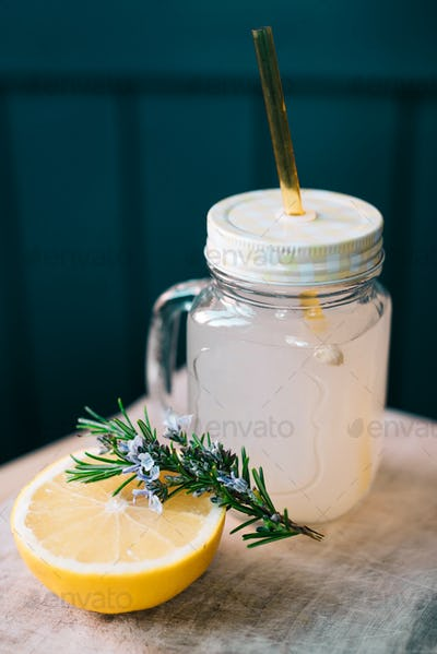Rosemary and grapefruit drink