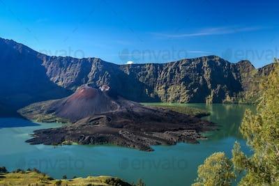 Gunung Rinjani volcano