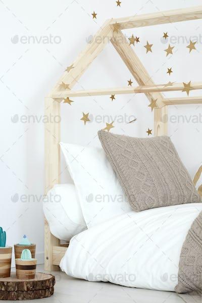 Wooden bed in inspiring girl's room