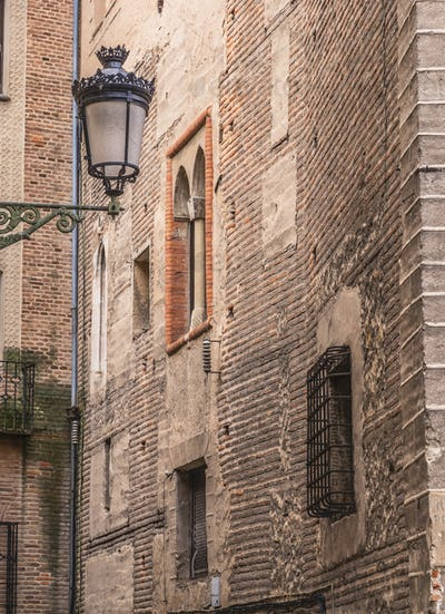 Old street of the quarter of the Jewry houses, Spain