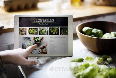 Vegetable nutrition facts information on a device screen