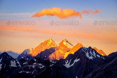 Dramatic colorful mountain sunset in Mt Cook area, New Zealand