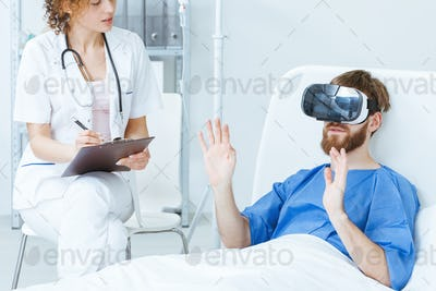 Patient in VR talking to doctor