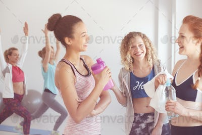 Female gym buddies