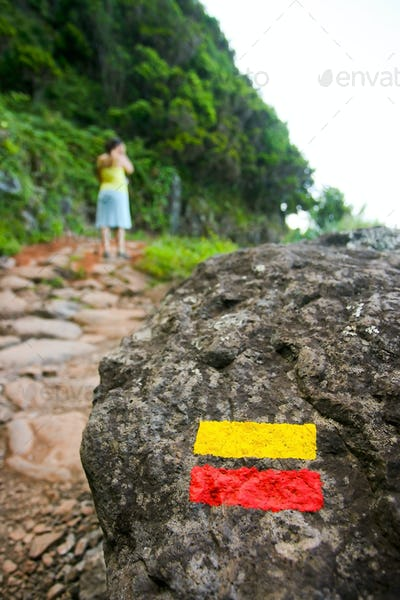 Trekking path sign