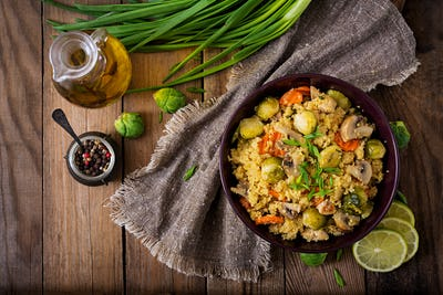 Dsc 91591Vegetarian couscous salad with brussels sprouts, mushrooms, carrots and spices11