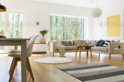 White and wooden decor