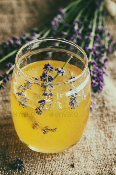 Honey and sugar flavored with lavender