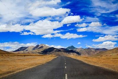 Road to the mountain, Leh, Ladakh, India