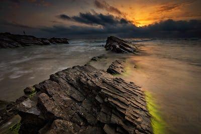 Dawn among the rocks
