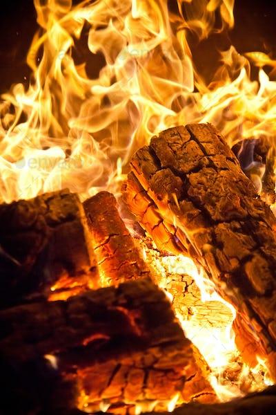 Close-up log wood burning