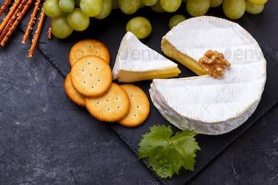 cheese platter snacks and wine