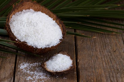 Coconut grounded flakes