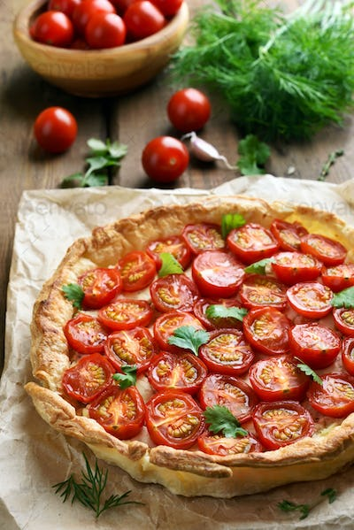 Tomatoes and cheese pie