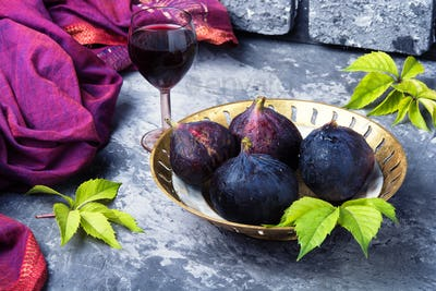 wine with figs