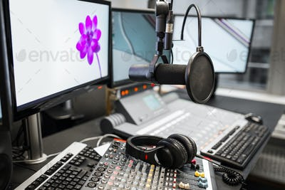Microphone, Music Mixers And Headphones By Monitors In Radio Stu