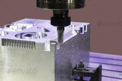 Milling aluminum parts