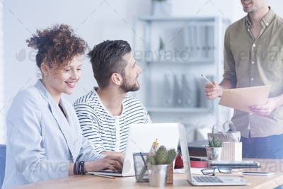 Employee sharing ideas