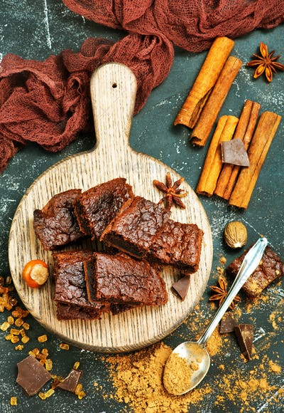 cake and cocoa powder