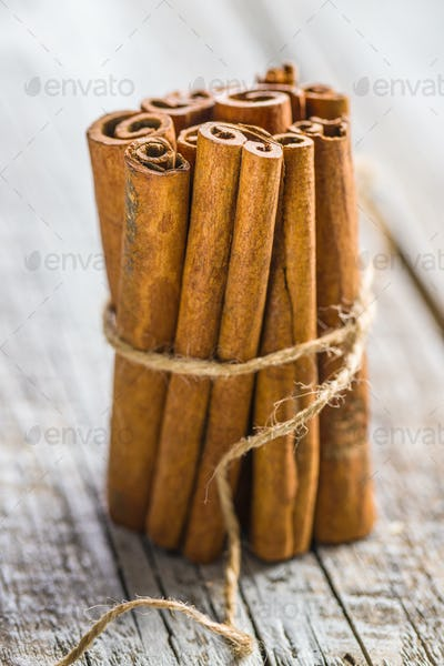 Cinnamon sticks spice.