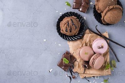 Chocolate macaroons with ice cream