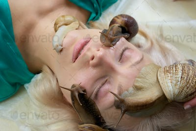 Skin treatment and regeneration with snails