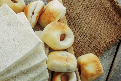 breads on the sack