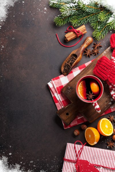 Christmas mulled wine and ingredients