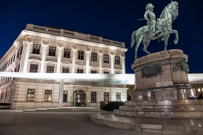 Albertina museum in Vienna at night