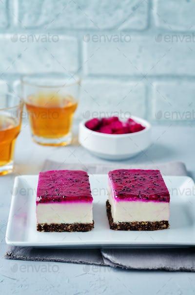 Raw vegan cashews pataya cheesecake
