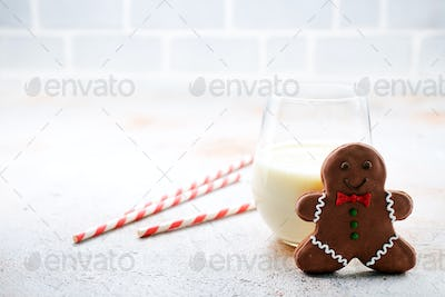 gingerbread with milk