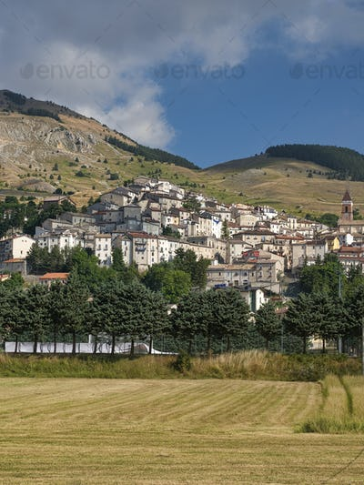 Rivisondoli (Abruzzi) by morning